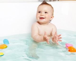 Bebeklerde Banyo Korkusunu Yenmek İçin 6 Madde