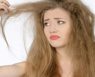 Elektriklenen ve Kabaran Saçlar İçin Taktikler