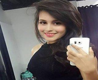 Rhea Sharma Kimdir