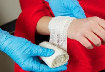 Ameliyattan Sonra Dikiş Bölgesine Pansuman Nasıl Yapılır?