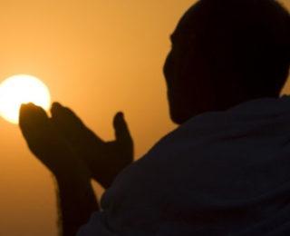 Ölmüşlerimizin Arkasından Hangi Duaları Okuyabiliriz